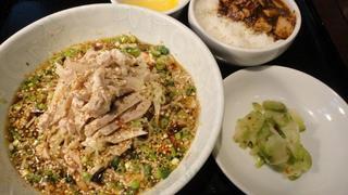 冷麺よだれ鶏.JPG